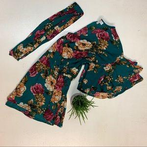 Floral print green blouse